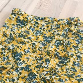 Sød nederdel, brugt men i god stand!💋