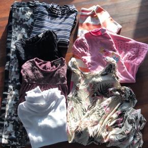 Tøjpakke str. 122 - 128 1 par bukser, Name-it 1 stribet bluse (3/4 ærmer), Name-It 2 søde bluser m/ lange ærmer, PompDeLux 1 basis rib bluse, H&M 1 stribet fintstrikjet kjole, H&M  1 lang strop kjole, H&M 1 kjole m/ prinsesser, Disney Sælges samlet....