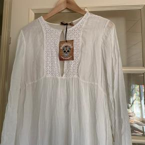 Helt ny, viskose kjole, fra Banditas