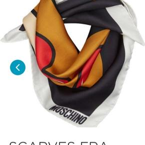 Moschino Teddy Bear love silk scarf ❤️🐻