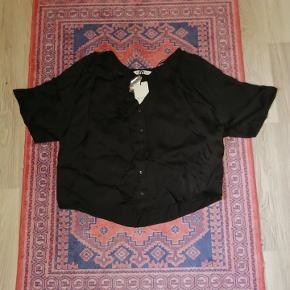 Rigtig fin skjorte. Er aldrig blevet brugt, og har stadig prismærket på.