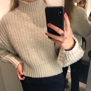 Lækker strik fra H&M i Beige🍁  Størrelse S