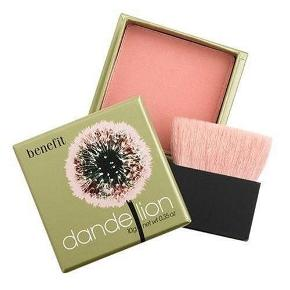 Splinterny blush fra Benefit cosmetics.