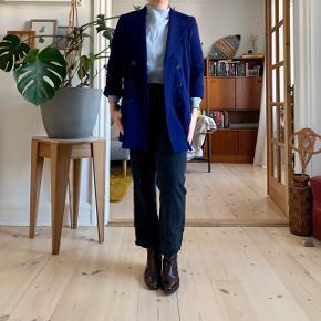 Swinging 60s style sweater blazer coat 👏🏻