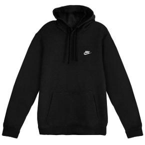 Sælger min nike hoodie da jeg aldrig får den brugt længere Byd Køber betaler fragt