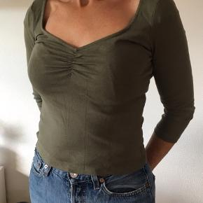 armygrøn top