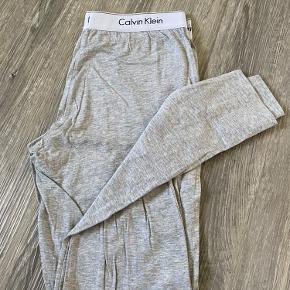 Calvin Klein natbukser, brugt få gange.   Fragt betales af køber:) Skriv gerne for mere info eller flere billeder