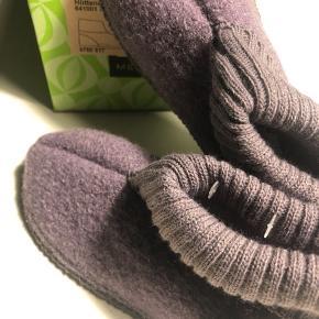 Lavendelfarvet uld futter / hjemmesko fra Melton str.30