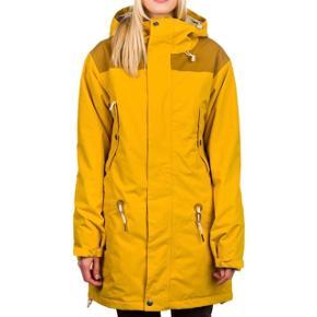 Skijakke overgangsjakke Mærke: Airblaster  Model: Lady Storm Cloak Jacket Str: M Farve: Gul  15000mm søjletryk 10.000g/m2 åndbarhed  Sælges da jeg ønsker et mere loose fit. Den kan prøves på Østerbro!   Ski jakke snowboard gul
