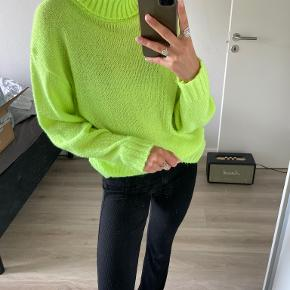 Sisters Point sweater