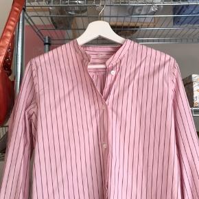 Virkelig fed skjorte fra Arket sælges🌸