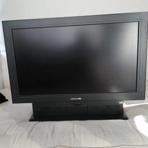 """Medion TV 32""""Virker som det skal.  Medfølger strømkabel og fjernbetjening  Kom gerne med et bud"""