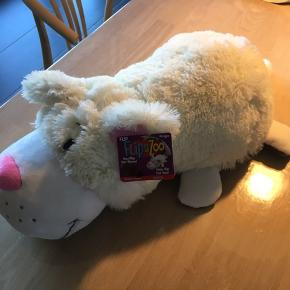 Helt ny flip a zoo bamse (2 i 1)  L:50 cm   Mp 70,-   Kan afhentes i Ribe eller Kolding