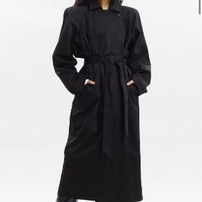 The Frankie Shop trenchcoat