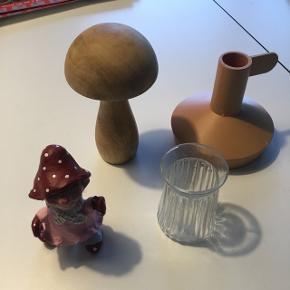 5Okr for alt. Medusa, Normann lysestage, svamp og en lille vase.