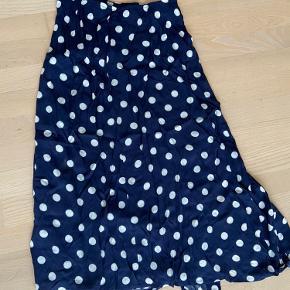 Mango kjole eller nederdel