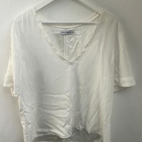 Ahlvar Gallery t-shirt
