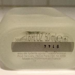 ck ONE  50 ml Edt spray  Brugt meget lidt, som ses af foto Købt i sidste måned i Matas for 360 kr   Porto 32 kr