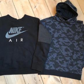 Brand: Nike, Hummel Varetype: Bluse Farve: Sort  Nike str 12-13 år - næsten ny Hummel hoddie str 12 år - god men brugt Sælges samlet