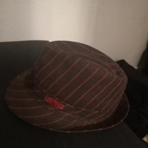 Super fed Diesel hat - Brugt et par gange og ser ud som ny😍