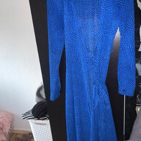 ØST London kjole