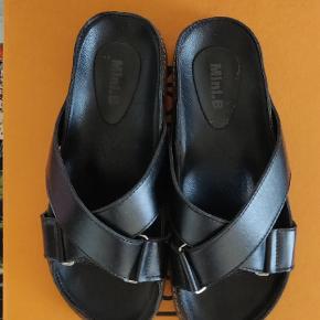 Unikke sandaler købt i eksklusiv butik i Seoul. Brugt få timer. Str. 36/37 (lille 38)