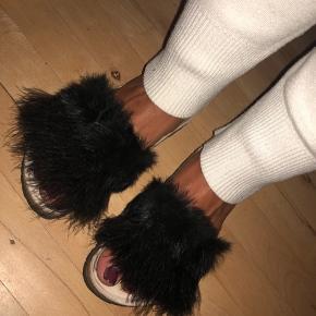 Vaskebjørns sandaler fra Bella Moda Størrelse 37 Nypris 700