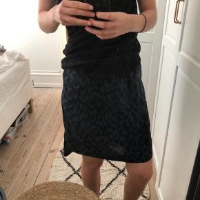 Heartmade / Julie Fagerholt nederdel