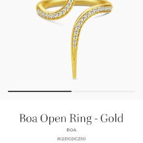 Julie Sandlau Boa ring i str 56 sælges