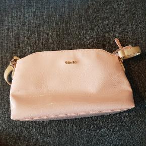 Super sød taske fra Valentini.