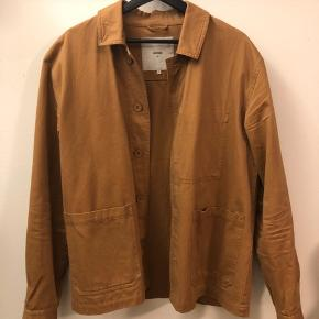 The jacket was bought last year from Magasin and was worn a couple times but it has otherwise been sitting in my closet.