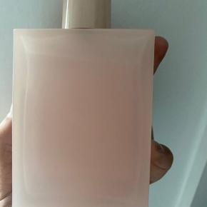 Sælger min Gucci Bloom parfume. HELT NY!!!! Kun Prøvet på 1 gang. 600kr 100 ml