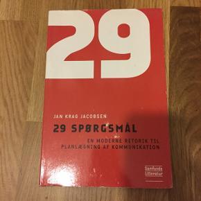 Bog : 29 spørgsmål fra kommunikation studie.  Brugt men uden overstregninger. Kan afhentes i Vestamager eller i Kbh efter aftale :-)