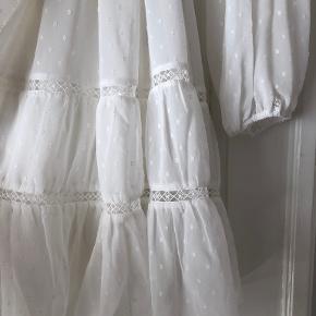 Forever New kjole