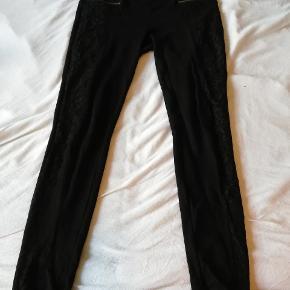Leggings med blonder
