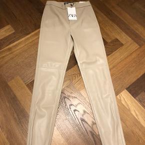 Zara bukser & shorts