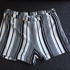 Calvin Klein shorts uden lommer. Str. S.  🌸🌸