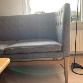 Designklassikeren the mayor sofa fra &tradition. Er nærmest som ny! Skal ses Ikke ryger hjem Ny pris 35.995 kr