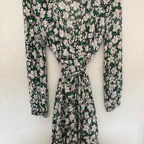 Boii Studio kjole