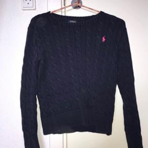 MEGAA LÆKKER sweater fra Ralph lauren! Størrelsen er en 12-14 år, men passes perfekt af en xs