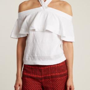 """Hvid """"Topanga"""" top fra Cecilie Copenhagen - brugt et par gange. Super sød og behagelig at have på. Sælges fordi jeg ikke får den brugt nok desværre.   NP omkring 1200kr"""