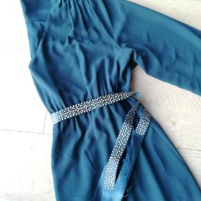 22 stykker graviditetstøj - noget aldrig brugt andet GMB.  H&M, Mammalicious m.fl.  Der er toppe, kjoler, nederdele, leggings, bukser osv.