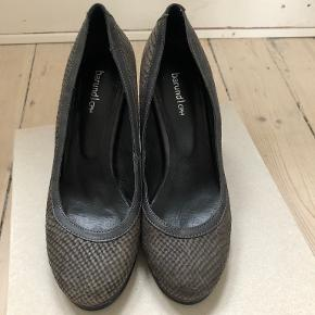 Barund heels