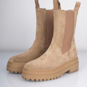 Phenumb støvler
