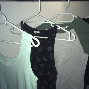 Blandede t-shirts i forskellige str! Spørg efter pris eller BYD! 🌞   1) xl  2) Xs  3) Xs  4) s  5) Xs  6) Xs  7) l