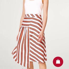 Lækker nederdel i nyt stribe look 👌🏼🌸 Fast pris