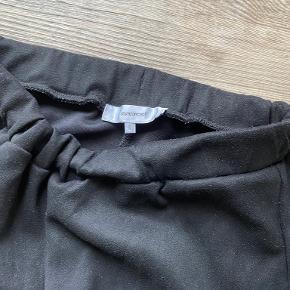Neo Noir kjole eller nederdel