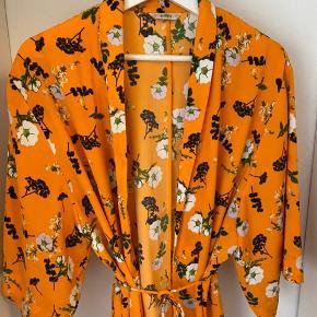 Kimono fra Envii 🧡