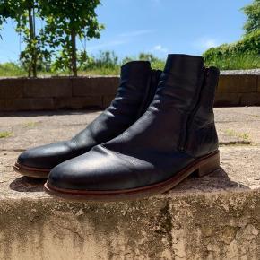 Shoe the Bear boots  Ny pris 1300kr Købt hos 2402 holstebro