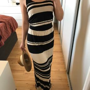 Size XS, fits to S